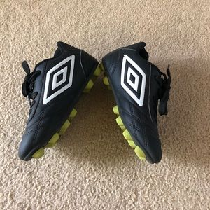 Kids Umbro Cleats -size 11